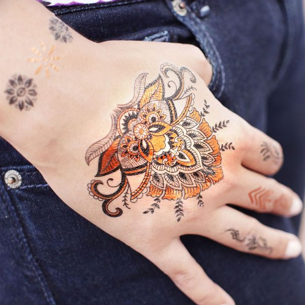 Skin Couture ~ Henna Style